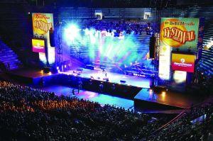 Festival Show testo